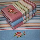Махровое полотенце Лаура